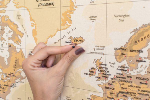 Smėlinis, detalus pasaulio žemėlapis iš arti
