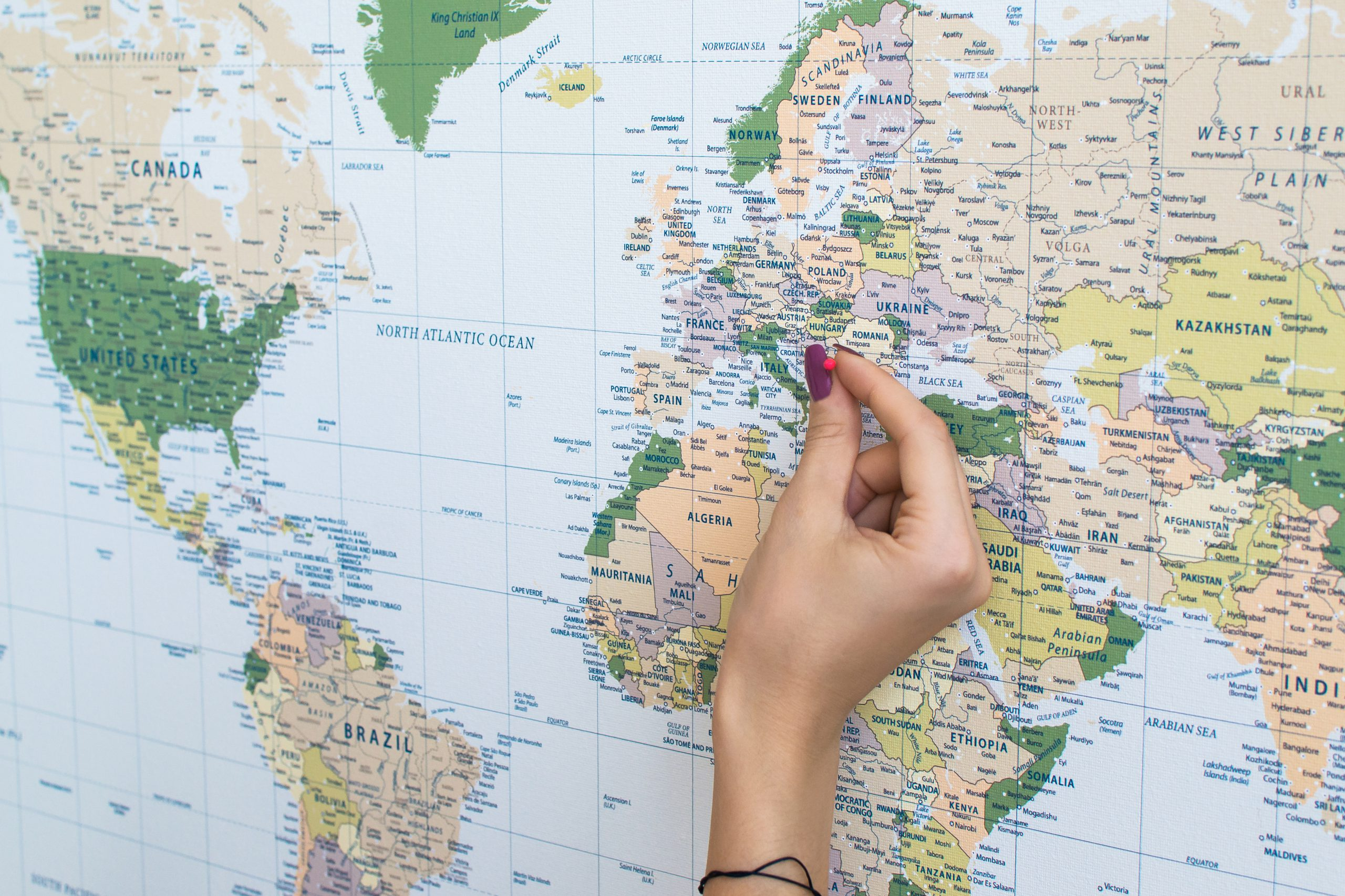 Žalias, detalus pasaulio žemėlapis iš arti